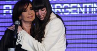 La expresidenta Cristina Fernández y su hija Florencia Kirchner.