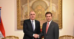 Los cancilleres Elmar Mammadyarov y Luis Castiglioni, de Azerbaiyán y Paraguay, respectivamente.
