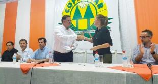 Durante el acto de firma de convenio.