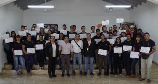 Egresados de cursos de capacitación realizados por  SINAFOCAL en la localidad de San Juan Bautista.