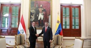 El mandatario paraguayo Mario Abdo Benítez y Juan Guaidó, presidente encargado de Venezuela, en Palacio de López.
