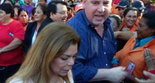 Javier Zacarías y su esposa Sandra McLeod, quienes fueron imputados.