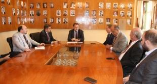 Del encuentro también participaron el viceministro de la Subsecretaría de Tributación (SET), Fabián Domínguez, y el titular de la Dirección Nacional de Aduanas (DNA), Julio Fernández.