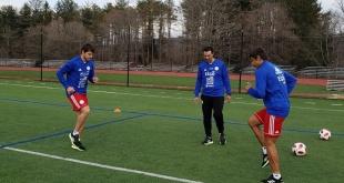Los mellizos Óscar y Ángel Romero llegaron el pasado jueves y trabajan intensamente para el primer duelo.