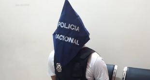 Rodrigo Fernando Florentín Dávalos, tras entregarse a efectivos policiales.