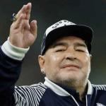 Murió Diego Armando Maradona tras sufrir un paro cardíaco
