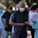 Covid-19: Brasil enfrenta un virus mutado que triplica su potencial contaminante, advierten