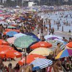 La vacunación sin confinamiento puede convertir a Brasil en una