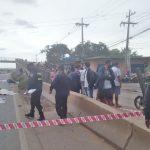 Tres personas a bordo de una moto mueren arrolladas por un tracto-camión