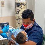 Pediatras instan a no automedicar a niños y piden acudir al hospital
